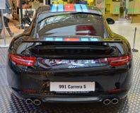 PRAGUE - APRIL 14: Porsche 911 991 Royaltyfri Foto