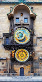 Prague astronomisk klocka (Orloj) i den gamla staden av Prague Arkivbilder