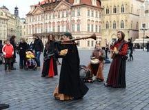 Prague buskers fotografering för bildbyråer