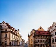 Prague: byggnader och arkitekturdetaljer Royaltyfri Fotografi