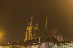 Prague Castle buildings and St. Vitus Cathedral at night in winter Royalty Free Stock Photos