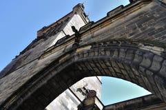 Prague - Charles brotorn Arkivbild