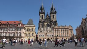 Sunny day on the old town square. Prague, Czech Republic stock footage