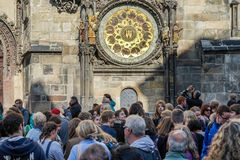 PRAGUE, CZECH REPUBLIC/EUROPE - SEPTEMBER 24 : People waiting fo. R the Astronomical Clock in Prague on September 24, 2014. Unidentified people Royalty Free Stock Photography