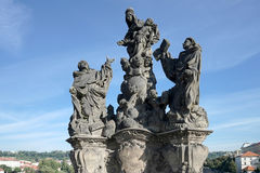 PRAGUE, CZECH REPUBLIC/EUROPE - SEPTEMBER 24 : Statue of Saints. Dominic and Thomas on Charles Bridge in Prague on September 24, 2014 stock photography