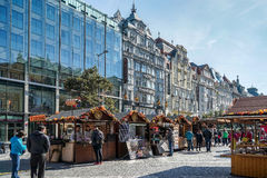 PRAGUE, CZECH REPUBLIC/EUROPE - SEPTEMBER 24 : Street Market nea. R Wenceslas Square in Prague on September 24, 2014. Unidentified people Royalty Free Stock Photos