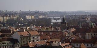 Prague - en allmän sikt av den gamla delen av staden Arkivbilder