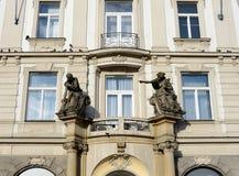 Prague est une ville et le capital de la République Tchèque est un centre culturel européen traditionnel Vues de la ville Images stock