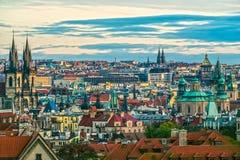 Prague färgrik horisont, Tjeckien Royaltyfria Foton