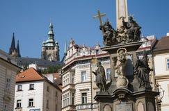 Prague - fléau baroque de trinité sainte image stock