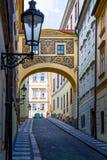 Prague gammal gränd Royaltyfri Foto