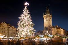 Prague - gammal Townfyrkant Fotografering för Bildbyråer