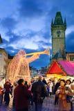 Prague jul marknadsför på gammal stadfyrkant i Prague, tjecktekniker Royaltyfri Fotografi