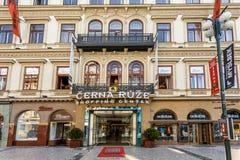 Prague köpcentrum Cerna Ruze Arkivbilder