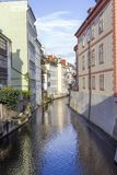 Prague kanal arkivfoto