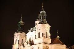 Prague la nuit Photos libres de droits