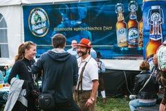 Prague, le 23 septembre 2017 : Célébrant le festival allemand traditionnel de bière a appelé Oktoberfest dans la République Tchèq Image libre de droits
