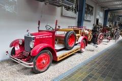 PRAGUE - MAJ 12: Tappningbilen i den nationella tekniska Museuen Royaltyfria Foton