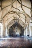 PRAGUE mars 18: Modeller på Rib Vaults av Vladislav Hall på den gamla Royal Palace Del av komplexet för Prague slott på M Royaltyfria Foton