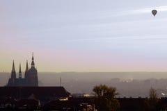 Prague morgon Fotografering för Bildbyråer