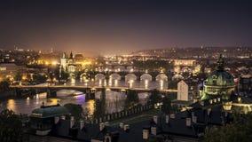Prague på natten Royaltyfria Foton