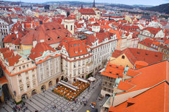 Prague panorama från Rathaus Arkivfoton