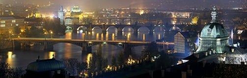 Prague panorama på natten. Royaltyfria Bilder