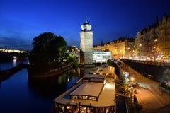 Prague pendant la nuit Photographie stock