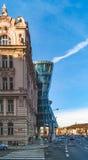 Prague, République Tchèque - maison de danse à Prague sur le fond de ciel bleu Photos stock