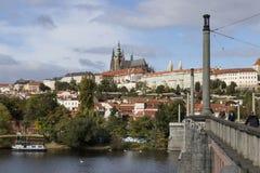 Prague ; République Tchèque - octobre, 6, 2017 : Château de Prague franc vu Image stock