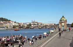 PRAGUE, RÉPUBLIQUE TCHÈQUE 5 SEPTEMBRE 2015 : Photo de Naplavka Images stock