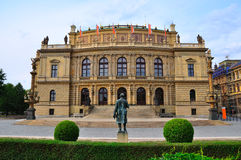 Prague Rudolfinum, Tjeckien Arkivfoton