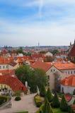 Prague sikt från den Vrtbovska trädgården Royaltyfri Bild