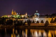 Prague sikt i natt Arkivbilder