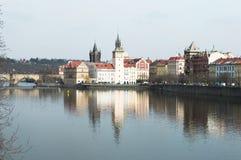 Prague sikten från bron, fantastisk härlig stad för trav Arkivbild