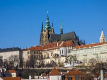 Prague slott och domkyrka för St Vitus Fotografering för Bildbyråer