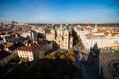 Prague som en punkt av turistic destinationer Royaltyfria Bilder