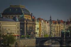 Prague stadslandskap, ett av den mest härliga staden för historia, kultur och skönhet royaltyfri bild