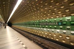 prague stationstunnelbana fotografering för bildbyråer
