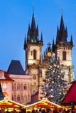 PRAGUE TJECK REPUBLIC-JAN 05, 2013: Prague julmarknad Royaltyfria Bilder
