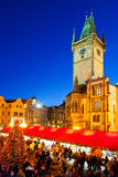 PRAGUE TJECK REPUBLIC-JAN 05, 2013: Prague julmarknad Royaltyfri Bild