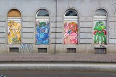 PRAGUE - TJECKIEN, AUGUSTI 15Â: Grafitti i en gata av Prague, Augusti 15, 2016 Arkivbilder
