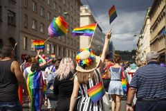 Prague/Tjeckien - Augusti 11 2018: LGBT Pride March arkivbild