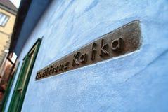PRAGUE TJECKIEN - DECEMBER 25, 2012: Inget Franz Kafka hus Royaltyfri Bild