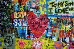 Prague Tjeckien - John Lennon Wall Royaltyfri Bild
