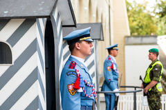 PRAGUE TJECKIEN - SEPTEMBER 04, 2016: Presidents- vakt Royaltyfria Foton