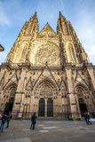 24 01 2018 Prague, tjeckiska Rebublic - främre sikt av den huvudsakliga entraen Fotografering för Bildbyråer