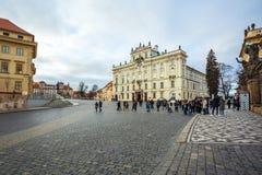 24 01 2018 Prague, tjeckiska Rebuplic - ärkebiskop Palace på Hradcan royaltyfria bilder