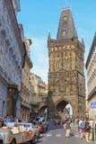 Prague tjeckiska Republik-Augusti 02 2017: Pulvertorn royaltyfri foto