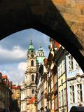Prague : Une belle église Image stock